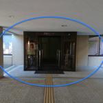左手側の玄関口
