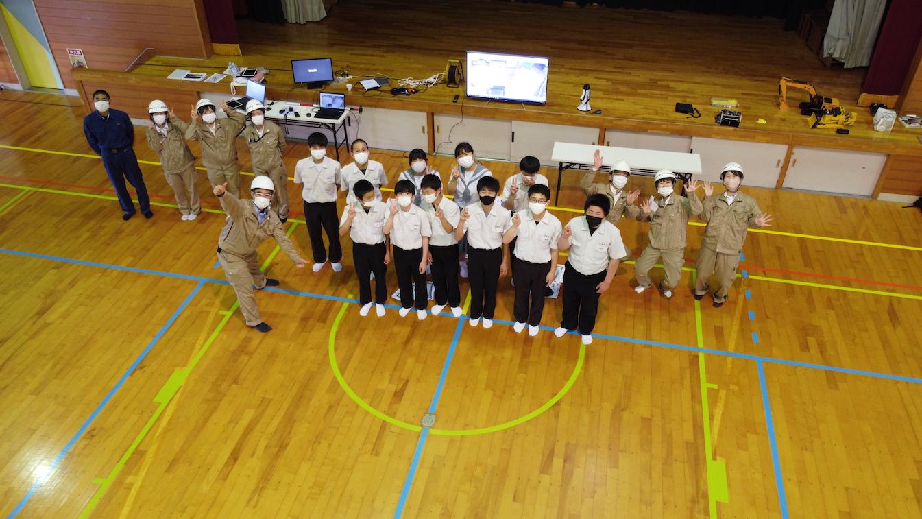 2021年安岐中学校 ドローン記念撮影